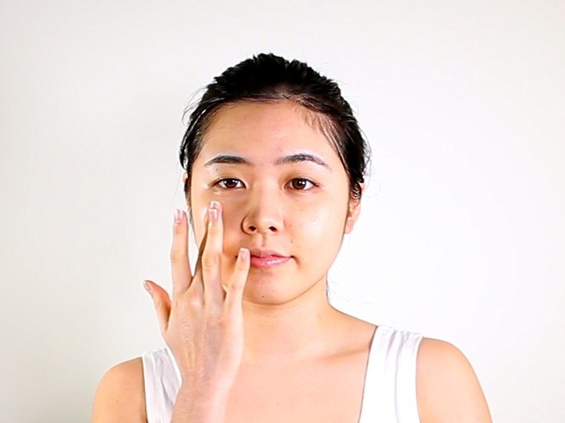 Daytime Energizing Bio-Cellulose Mask method step 7